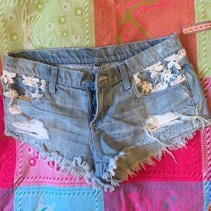 Carmar Floral aplique booty short shorts